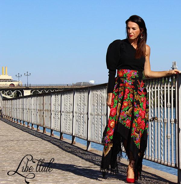 falda-mantón-negra-Libe-llule-3