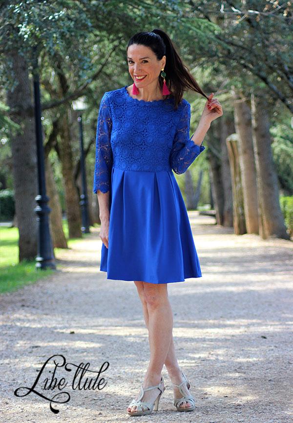 Libe-llule-showroom-vestido-evasé-azul-espalda-abierta-invitada-perfecta-3